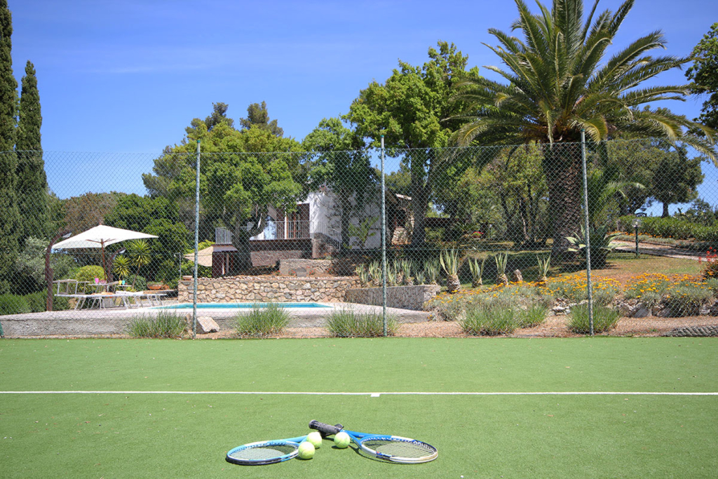 Campo da tennis villa Enrimar